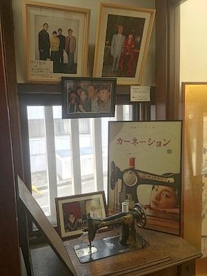 朝の連ドラ「カーネーション」ポスターと昭和ミシン