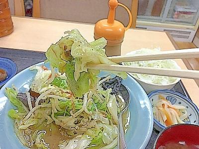 野菜炒め定食 箸あげ