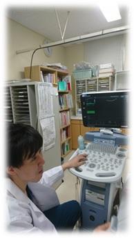 診察室の堀田先生